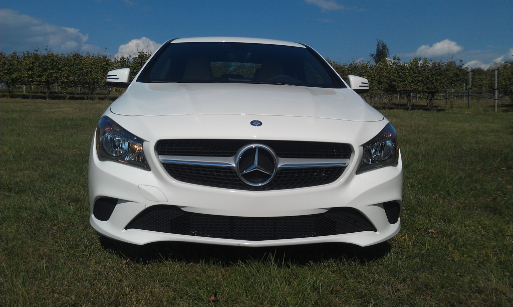 2014 mercedes benz cla 250 first look love at first for Mercedes benz cla 250 review