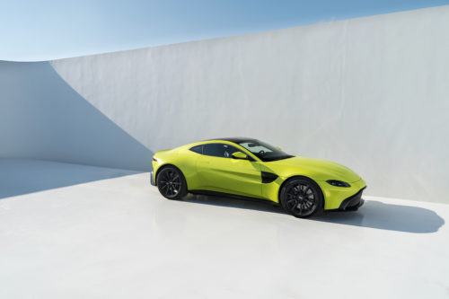 New Car Here S The New 2019 Aston Martin Vantage Woman And Wheels