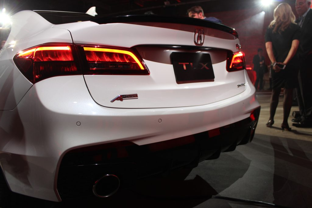 The 2018 Acura Tlx Keeps Its Discreet Character But Now Offers A Few More Options To Drivers Who Want Dynamic Drive Will Be In