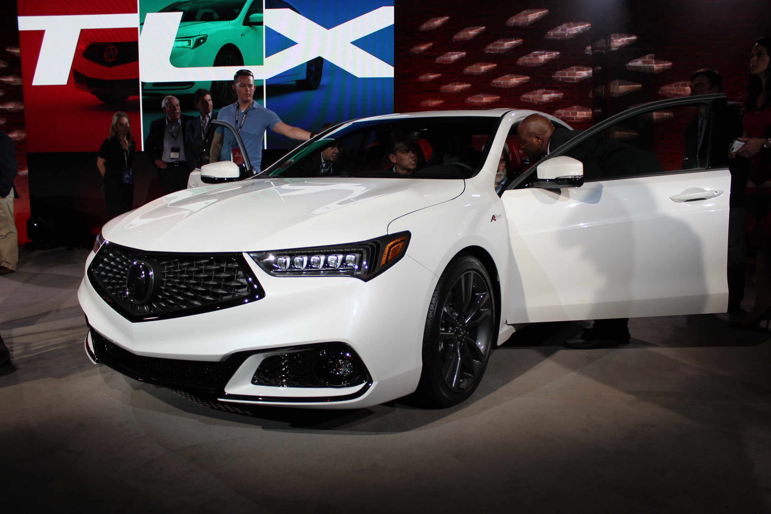 The 2018 Acura Tlx Is Unveiled Ahead Of